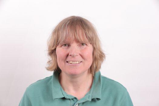 Dr Elizabeth Guest